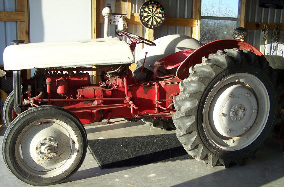 1939 Ford 9N