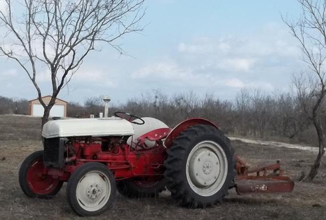 1939 Ford 9N with shredder
