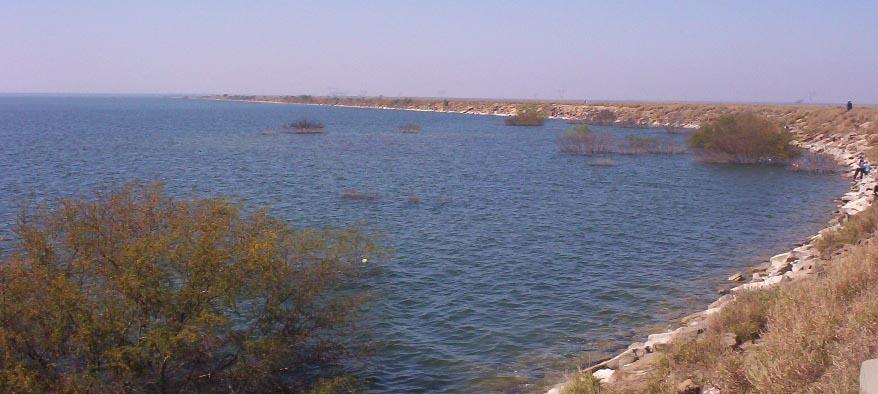 monterrey mexico   lake on way to reynosa