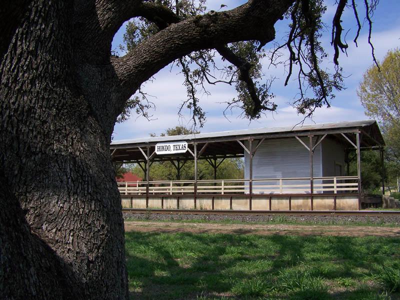 hondo texas train depot off highway 90