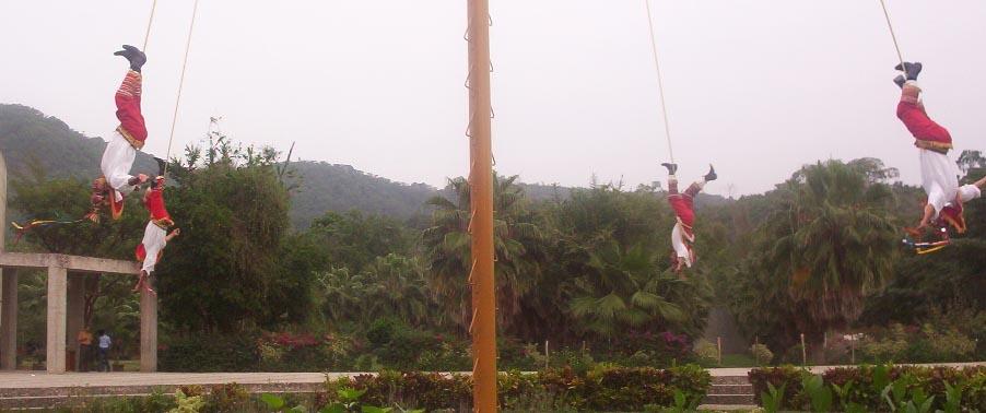 El Tajin veracruz mexico   Los Voladores 2