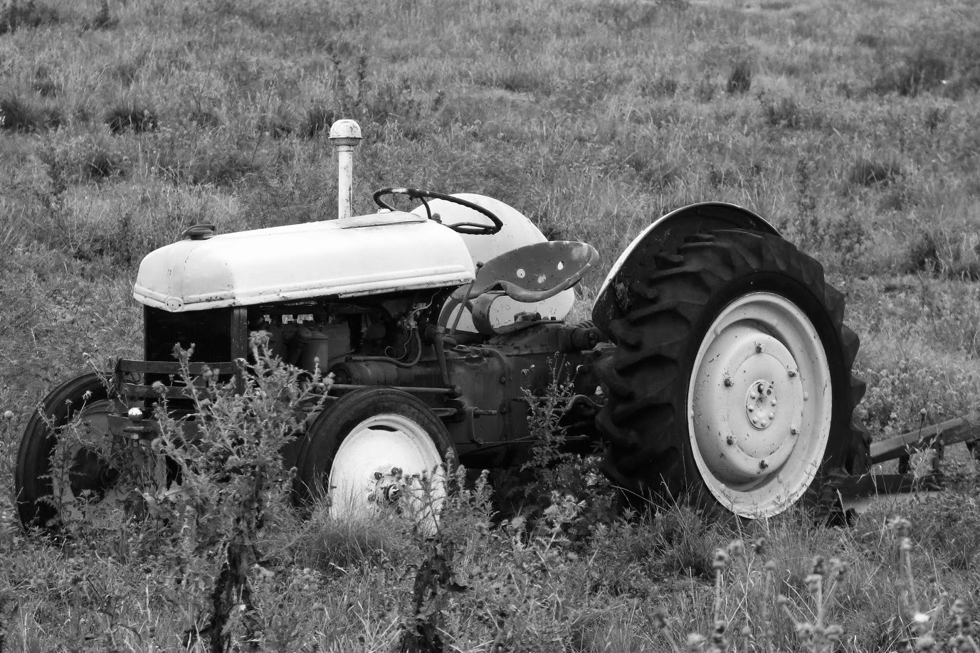 bw the retired tractor