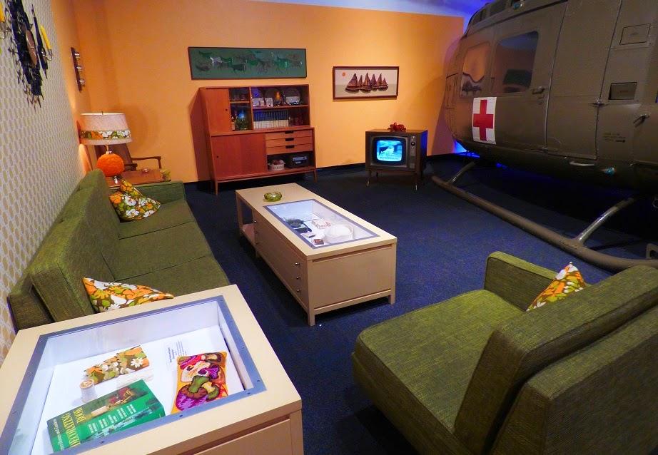 helicopter landing in 60s style livingroom