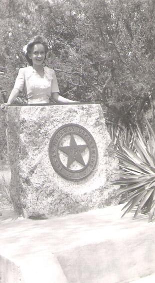 Hondo Texas Jean Savana Joaquinne August 5 1945 a