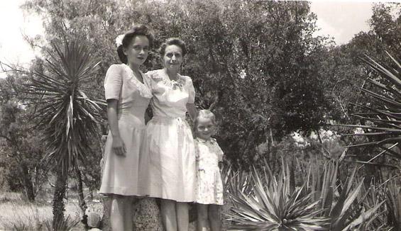 Hondo Texas Jean Savana Joaquinne August 5 1945 b