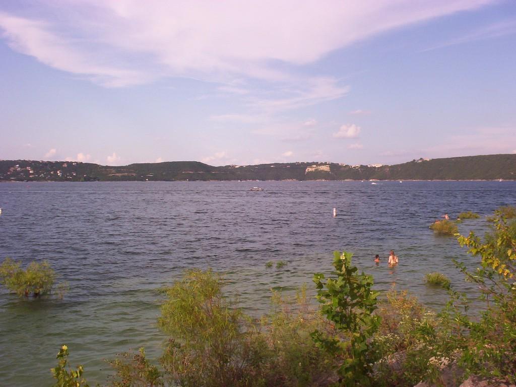 lake travis in austin