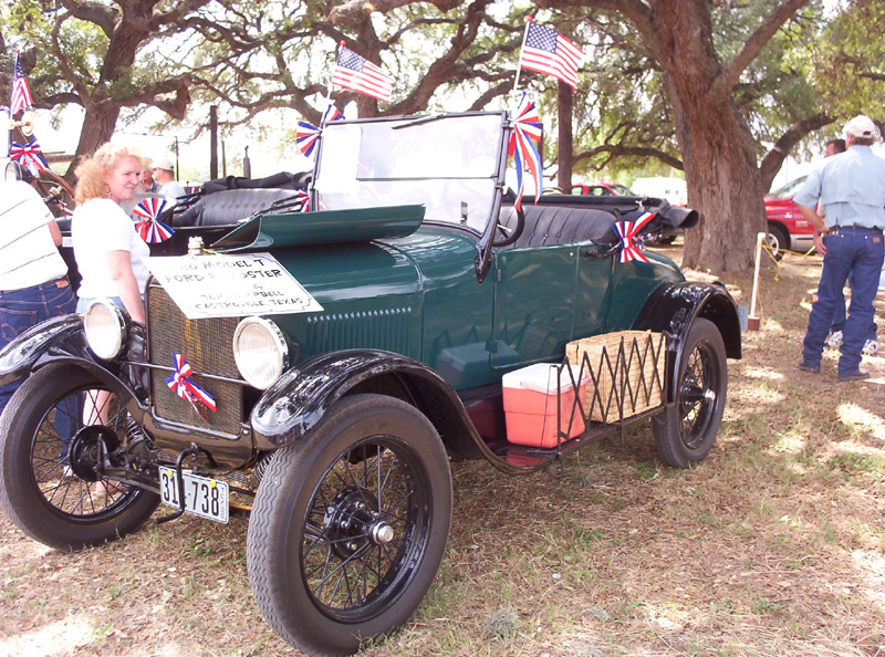 1926 ford model t roadster at the medina county fair in hondo