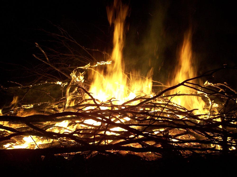september campfire