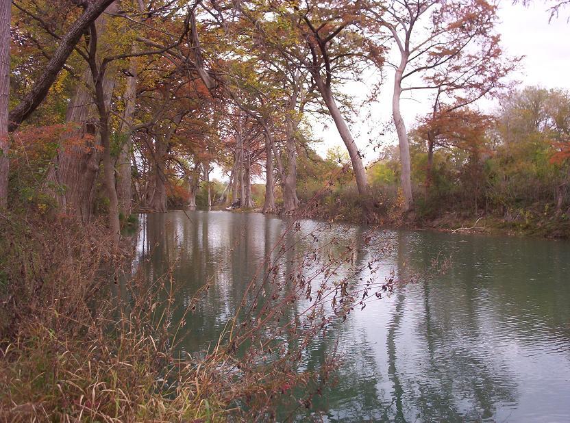 medina river runs through castroville tx